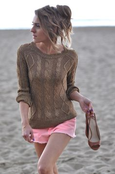 Gold sweater, Make Life Easier