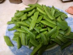 how to freeze runner beans cut beans Vegetable Dishes, Vegetable Recipes, Italian Green Beans, Runners Food, Fresh Vegetables, Veggies, Happy Foods, Bean Recipes
