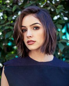 short bob with waves hairstyle