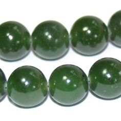 Jade energies: Love, Healing, Money, Protection. Jade has historically been used to attract love. It can be used to bring money into your life. It strengthens your mental faculties and assists in clear reasoning. It is also a protective stone, guarding against accidents and misfortune. The soothing green color of jade makes it a wonderful healing stone. It helps the body in self-healing while working through underlying, non-physical reasons for a precipitation for disease.