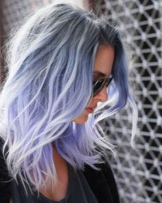 Pretty Ombre Hairstyle for Fine Hair - Messy Medium Length Haircuts 2015 Fine straight hair always looks thicker with blunt cut ends, so the latest choppy, uneven layered cuts would be a good choice to give your hair some extra density. - See more at: htt Pastel Hair, Ombre Hair, Blond Ombre, Ombre Bob, Violet Pastel, Dark Ombre, Pastel Makeup, Bleu Pastel, Pastel Purple