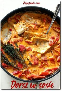 Cod in sauce Kitchen Recipes, Snack Recipes, Cooking Recipes, Healthy Recipes, Healthy Food, Fish Dishes, Tasty Dishes, Meals Without Meat, Fish And Seafood
