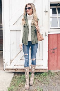 6aab214296 6 Ways to Wear A Fall Utility Vest
