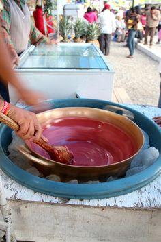 Ecuadorian street food - Helados de paila