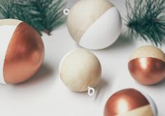 Do It Yourself wooden christmas ornaments