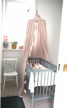 Simple neutral nursery