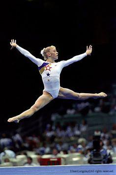 Jaycie Phelps, Atlanta 1996. Beautiful gymnast!