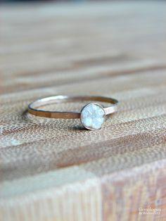 Raw Diamond Ring Diamond Engagement Ring April by Gemologies #diamondring #wedding #engagementring #goldanddiamond #bridalring #proposalring #rawdiamond #rawdiamondring