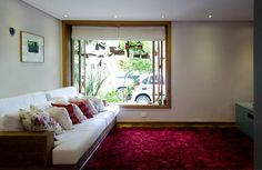 Colorful rugs. #pink #decor #interior #design #casadevalentina