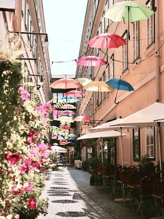 ) with these different colored umbrellas hanging from the top. It looks so cute and colorful! Such a great photo spot, all year round. Cool Places To Visit, Places To Travel, Places To Go, Travel Destinations, Vienna Summer, Austria Travel, Instagram Worthy, Travel Inspiration, Travel Photography