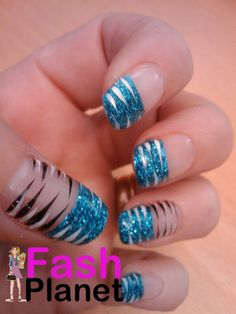 Blue Black Zebra Nails would look amazing with Night Moves 6698 Mani Pedi, Manicure And Pedicure, Prom Nails, Fun Nails, Zebra Nail Art, Girly Things, Girly Stuff, Nail Art Pictures, Beauty 101