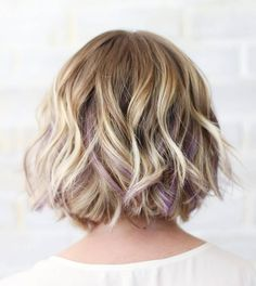 Wavy Short Blonde Hairstyle