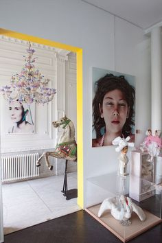 Inject a little interest into those room transitions by painting the inside of the opening a brilliant color (as seen on Vogue Living).