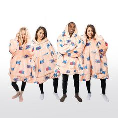 Oodie Family Pack – The Oodie Canada Cute Comfy Outfits, Comfortable Outfits, Cute Clothing Stores, Gift Wrapping Bows, Wearable Blanket, Hooded Blanket, Birthday Wishlist, Exercise For Kids, One Size Fits All