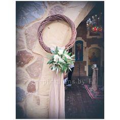 Στολισμός γάμου με ελιά και λευκό τριαντάφυλλο...Wedding decoration...olive & rose.... Κορμοί κ γήινα χρώματα... weddind decoration details...λαμπάδες γάμου κορμοί... Wedding Decorations, Wreaths, Home Decor, Wedding, Decoration Home, Door Wreaths, Room Decor, Wedding Decor, Deco Mesh Wreaths