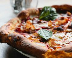 Delicious pizza eateries in our neighborhood at PerSei Apartments! #dinner #lunch #cuisine