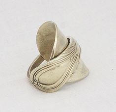 I have a whole collection of spoon rings, but none like this.