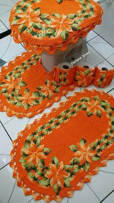 Crochet Parrot, Crochet Bunny, Crochet Home, Crochet Motif, Crochet Crafts, Crochet Doilies, Yarn Crafts, Hand Crochet, Crochet Flowers