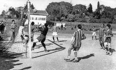 Papazın çayırında (Şükrü Saraçoğlu Stadı) oynanan maçta Fenerbahçe ile Altınordu İdman Yurdu takımları karşılaştı. / 1910