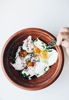 egg, arugula and garlic yogurt.