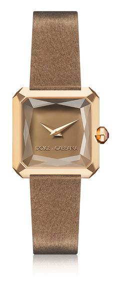 Dolce & Gabbana Sofia: beige women's watch with gold case, rubies, square case and sapphire glass. Available for online purchase.