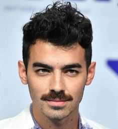 111 Best Moustache Styles - Mustache and Beard Celebrity Hairstyles, Easy Hairstyles, Straight Hairstyles, Handlebar Mustache, Moustache, Mtv Video Music Award, Music Awards, Guys Grooming
