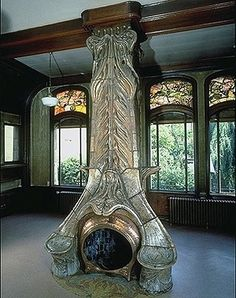 An elaborate art nouveau fireplace, possiby not the most efficient design, but a very unusual centerpiece - Villa Majorelle by Henri Sauvage (Nancy/ France) Mobiliário Art Nouveau, Art Nouveau Interior, Design Art Nouveau, Art Nouveau Furniture, Belle Epoque, Architecture Design, Architecture Art Nouveau, Architecture Board, Henri Sauvage