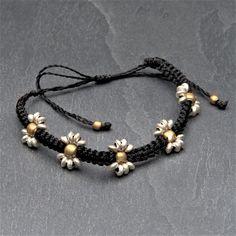 Macrame Jewelry, Macrame Bracelets, Wire Jewelry, Braided Bracelets, Ankle Bracelets, Handmade Jewellery, Handmade Bracelets, Chloe Nails, Macrame Patterns