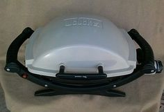 Weber Q100 Grill Compact Operates on LP fuel Great for Camping Picnics Deck etc