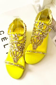 0f33d10787b8 Free shipping discount Unique flat female open toe sandals bling beads  diamond decoration fashion