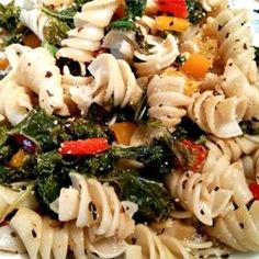 """Sweet Pepper Pasta Toss with Kale 