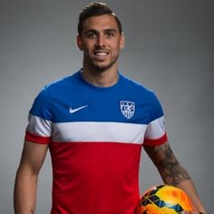 Geoff Cameron, not a fan of the sportsmanship the U.S. team shows but he is CUTE!