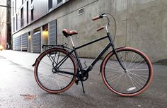 The Priority Classic diamond frame, as tested with Priority fenders and rear rack.