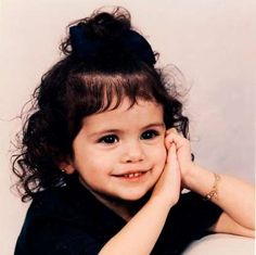 Listen to every Selena Gomez track @ Iomoio Selena Gomez Instagram, Selena Gomez Album, Estilo Selena Gomez, Selena Gmez, Selena Gomez Child, Selena Gomez Cute, Selena Gomez Pictures, Alex Russo, Selena Gomez Wallpaper