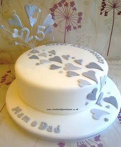 Anniversary Cake - For all your Silver Anniversary cake decorating… 25th Wedding Anniversary Cakes, Silver Anniversary, Anniversary Ideas, Diamond Wedding Cakes, Aniversary Cakes, Heart Shaped Cakes, Order Cake, Yogurt Cake, Cake Designs