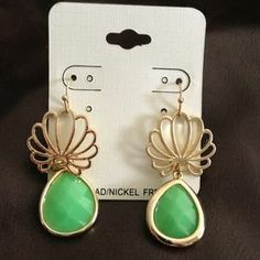 I just discovered this while shopping on Poshmark: Earring. Check it out!  Size: OS