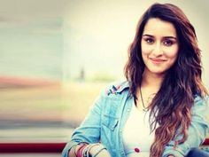 #ShraddhaKapoor crosses 10 million Insta followers!!!Watch Her Cute Video
