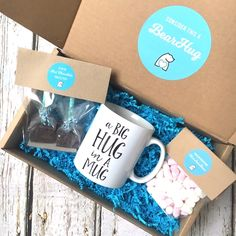 yours blissfully mug bearhugs gift box big hug in a mug hot chocolate Más Christmas Treat Bags, Christmas Baskets, Christmas Gift Wrapping, Handmade Christmas, Christmas Crafts, Mail Gifts, Gift Wraping, Sweet Box, Edible Gifts