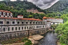 Balneario de las Caldas del Besaya. Cantabria. Spain. Grandparents, Travel Around, Places To Go, Spain, Traveling, Relax, Dreams, Mansions, Country