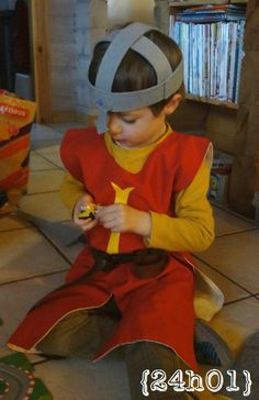 Sewing For Kids, Baby Sewing, Easy Book Week Costumes, Castle Party, Knight Costume, Medieval Party, Dragon Birthday, Armor Of God, Vacation Bible School
