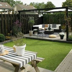 Fantastic backyard patio decorating ideas Find inspirations to plan and beautify your backyard design. These backyard patio ideas will help you to make your backyard pretty and comfort. Check now! Small Backyard Design, Backyard Patio Designs, Small Backyard Landscaping, Backyard Pergola, Landscaping Ideas, Pergola Kits, Pergola Ideas, Backyard Ideas For Small Yards, Garden Ideas For Small Spaces