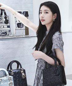 Korean Actresses, Korean Actors, Actors & Actresses, Suzy Instagram, Miss A Suzy, Korean Entertainment, Bae Suzy, Pakistani Dress Design, Nice Tops