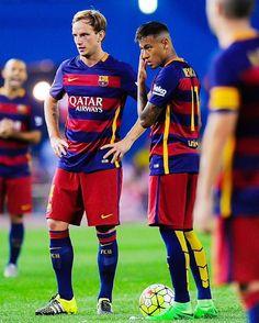 Amanhã tem Barcelona!!!  Champions League ⚽ Roma vs Barcelona ⏰ 15:45 (de Brasília)  BAND e ESPORTE INTERATIVO