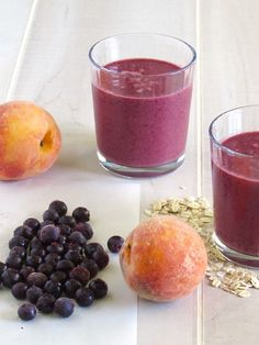 Blueberry Peach Oatmeal Smoothie