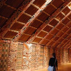 The marae (meeting grounds) is the focal point of Māori communities throughout New Zealand.