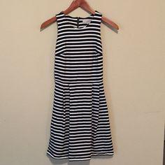 LOFT Navy Striped Dress LOFT navy and white skater dress. Zipper in the back. Size 0. Worn twice. Like new condition. LOFT Dresses