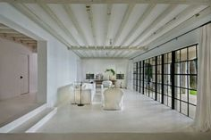 Inside Calvin Klein's former multi-million dollar Miami villa: Sold for AU$17.2 million, the five bedroom, seven bathroom property takes open plan living to the next level.