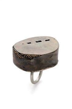 Carissa Wen-Hsien Hsu - ring -  shibuichi, silver, 18K gold (Alchimia)