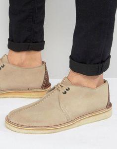 670060860a7 Shop Clarks Originals Suede Desert Shoes at ASOS.