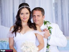 From dancing with the stars to dancing on their wedding day! Congrats to Danica McKellar & Scott Sveslosky. Celebrity Wedding Photos, Celebrity Couples, Celebrity Weddings, Wedding Vows, Wedding Bells, Wedding Day, Wedding Dresses, Danica Mckellar, Celebs